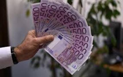 Ja vas s posudbe iz 2000 EURO 700.000 EUR