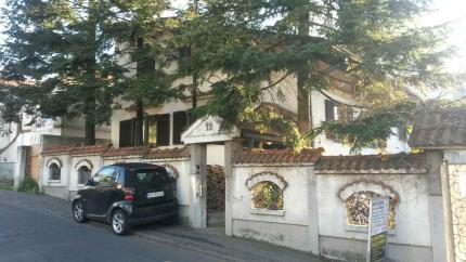Vila, Zvezdara, 185 m2,na 4 ara placa