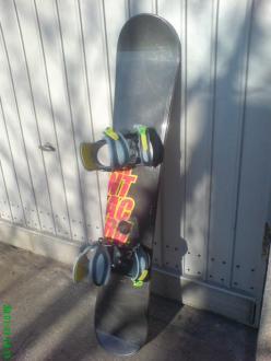 Snowboard santa cruz 147 + burton vezovi