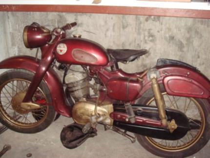 prodajem motor nsu 175 pretis